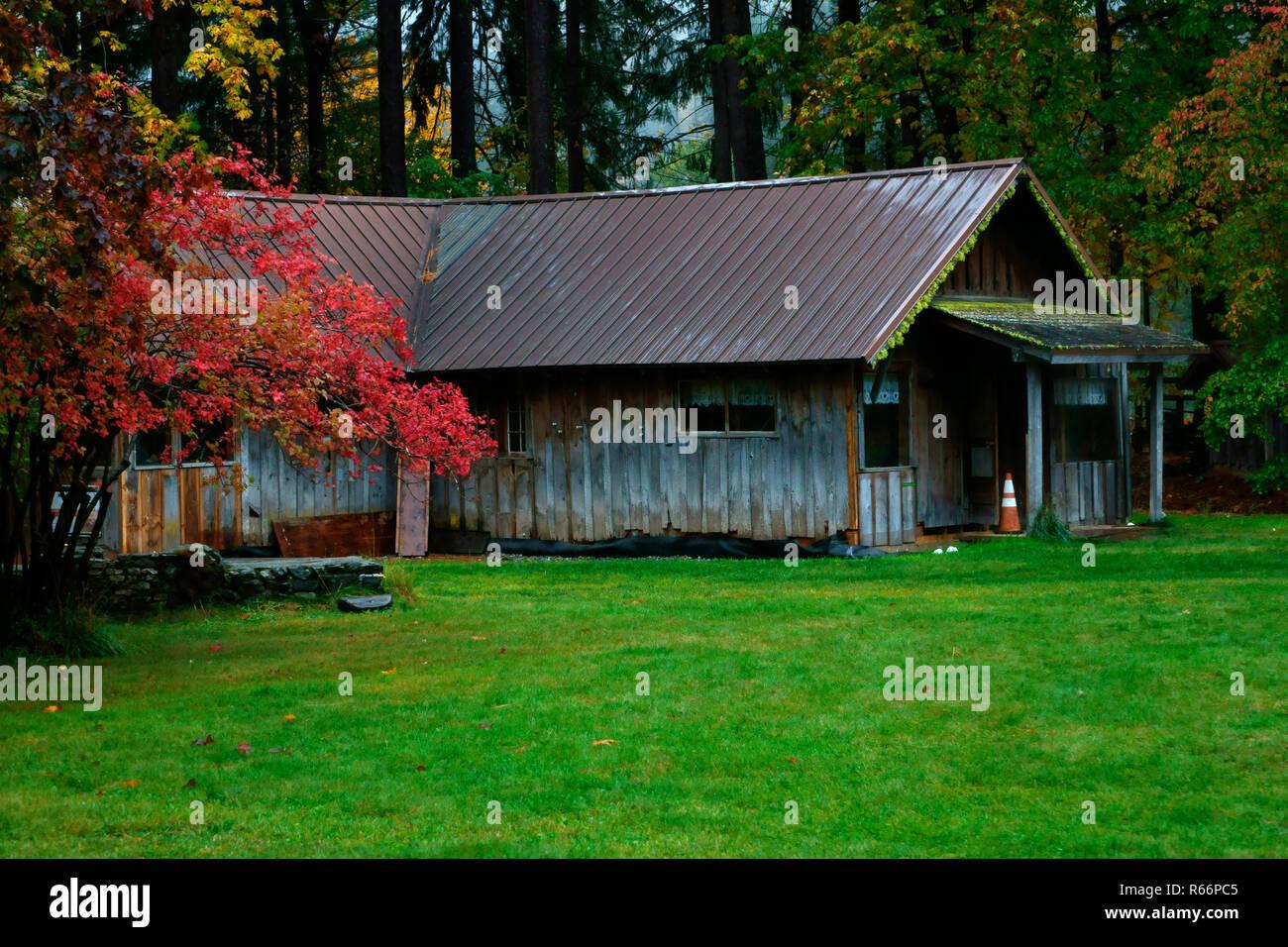 An old cabin being restored in Stehekin's Buckner Orchard. - Stock Image
