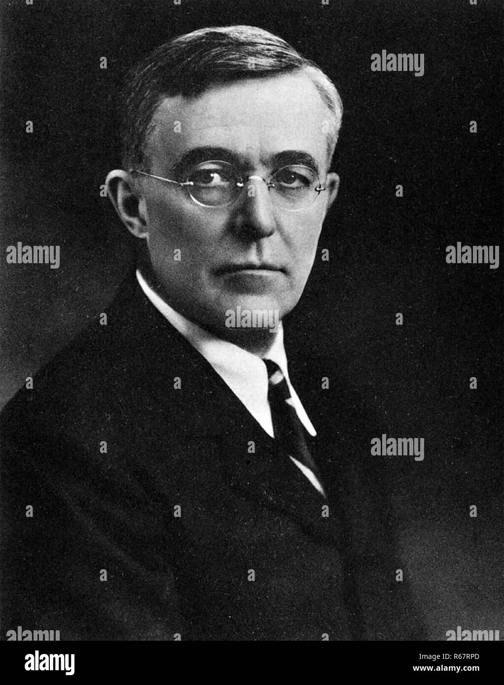 IRVING LANGMUIR (1881-1957) American chemist and physicist - Stock Image