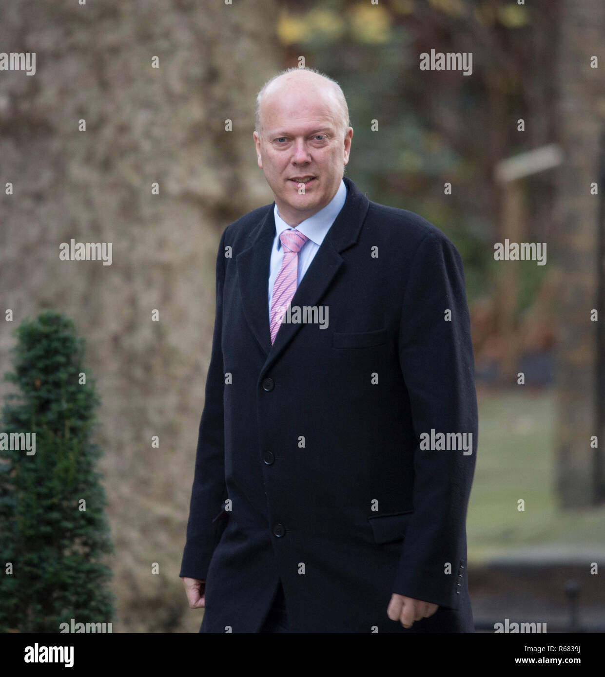 Downing Street, London, UK. 4 December 2018. Chris Grayling, Secretary of State for Transport in Downing Street for weekly cabinet meeting. Credit: Malcolm Park/Alamy Live News. - Stock Image