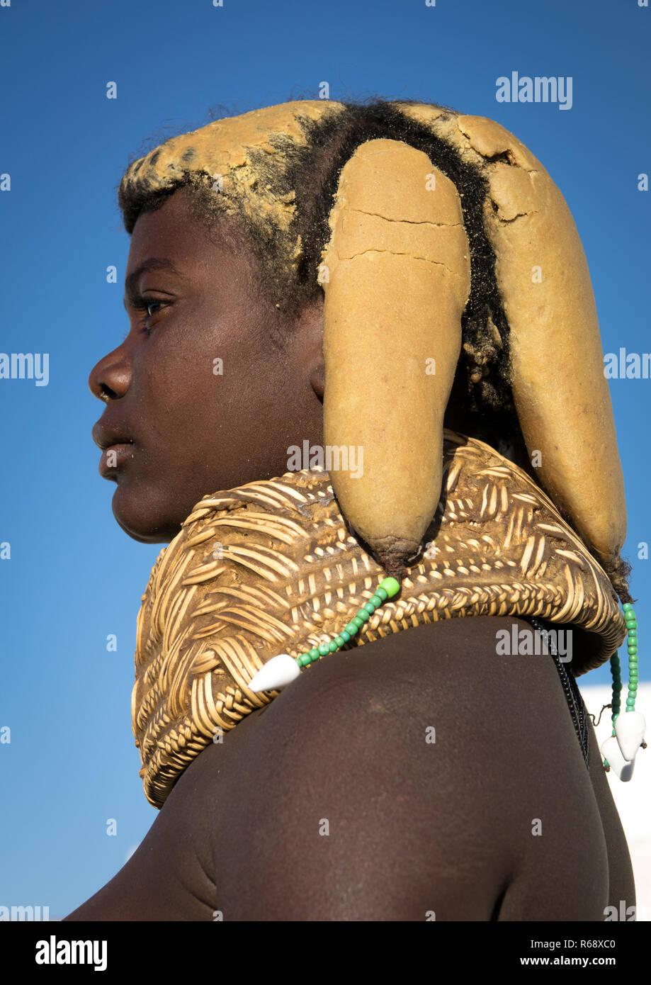 Mwila tribe young woman, Huila Province, Lubango, Angola - Stock Image