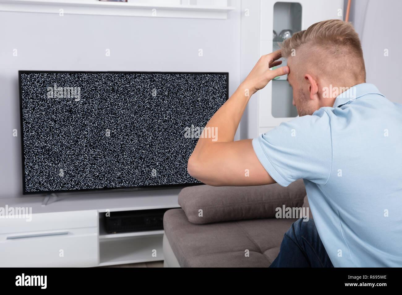Tv Antenna Broken Stock Photos & Tv Antenna Broken Stock