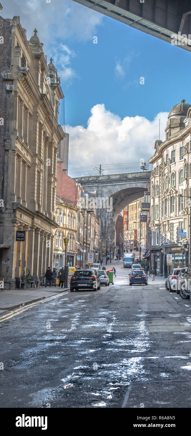Street view of Side in Newcastle upon Tyne under the Tyne Bridge Stock Photo