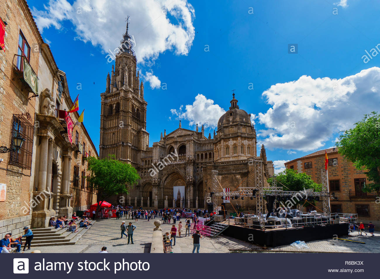 Cathedral of Toledo in Spring with blue sky and clouds - Stock Image