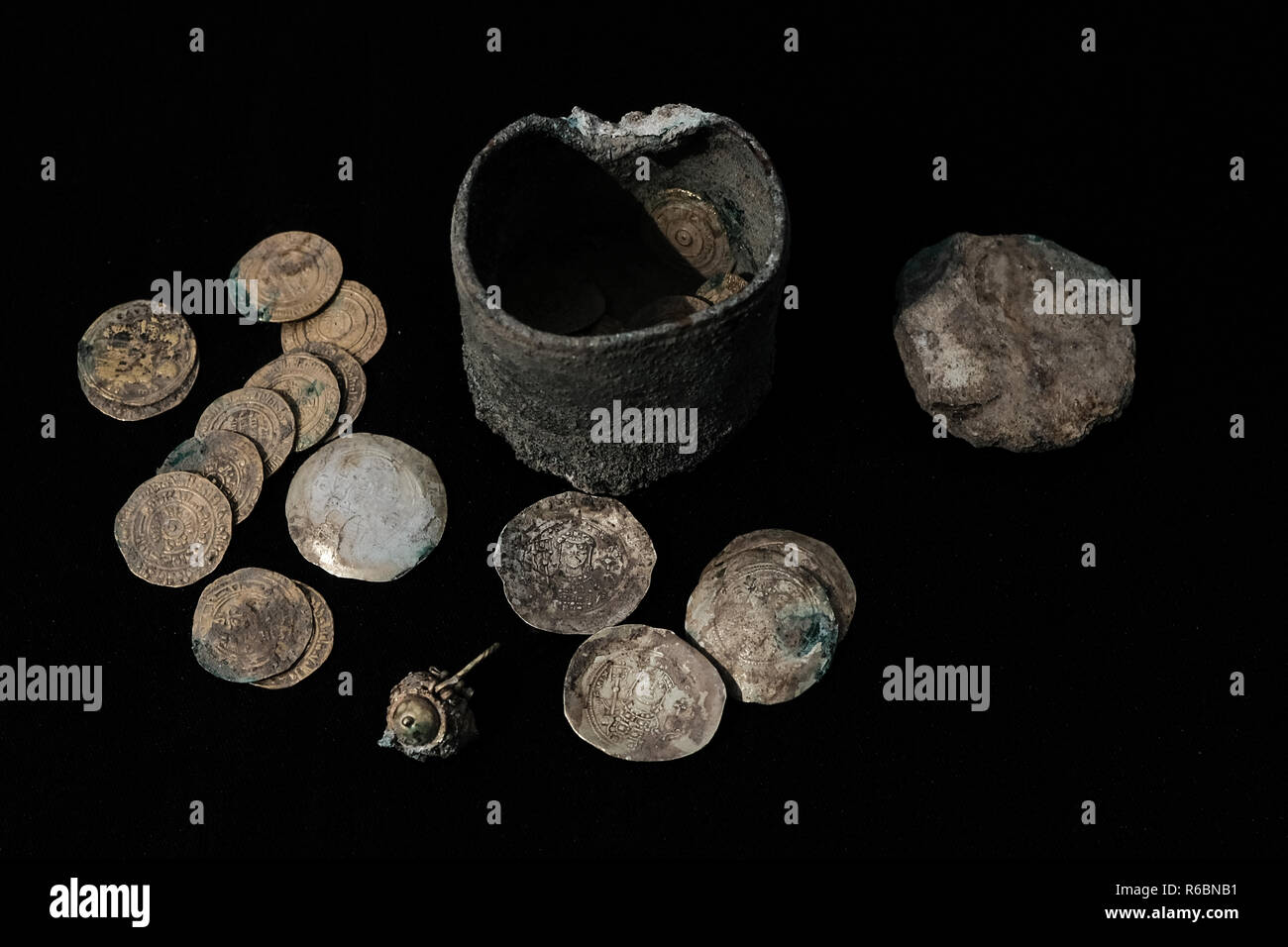 Caesarea, Israel. 3rd December, 2018. A cache of rare gold coins and a 900 year old gold earring were discovered at the Port of Caesarea during extens - Stock Image