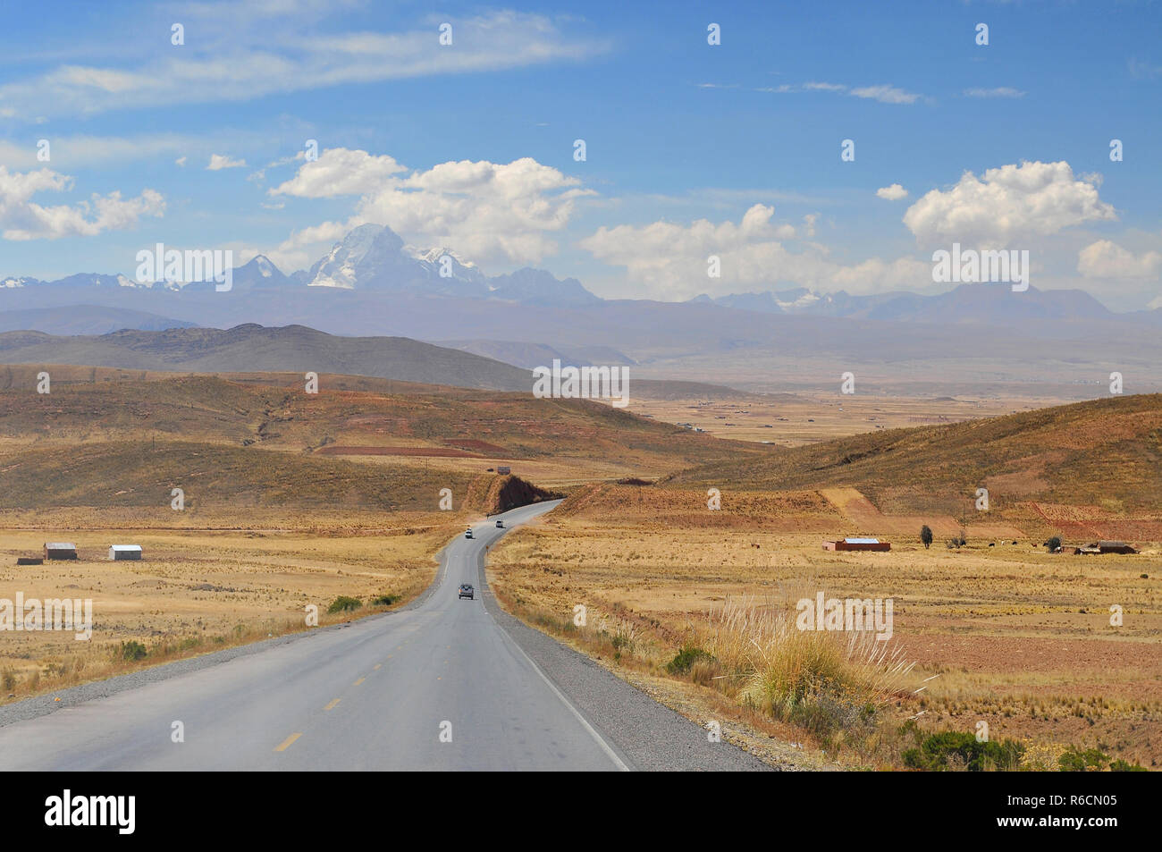 Bolivia, Cordillera Real From The Road To La Paz - Stock Image