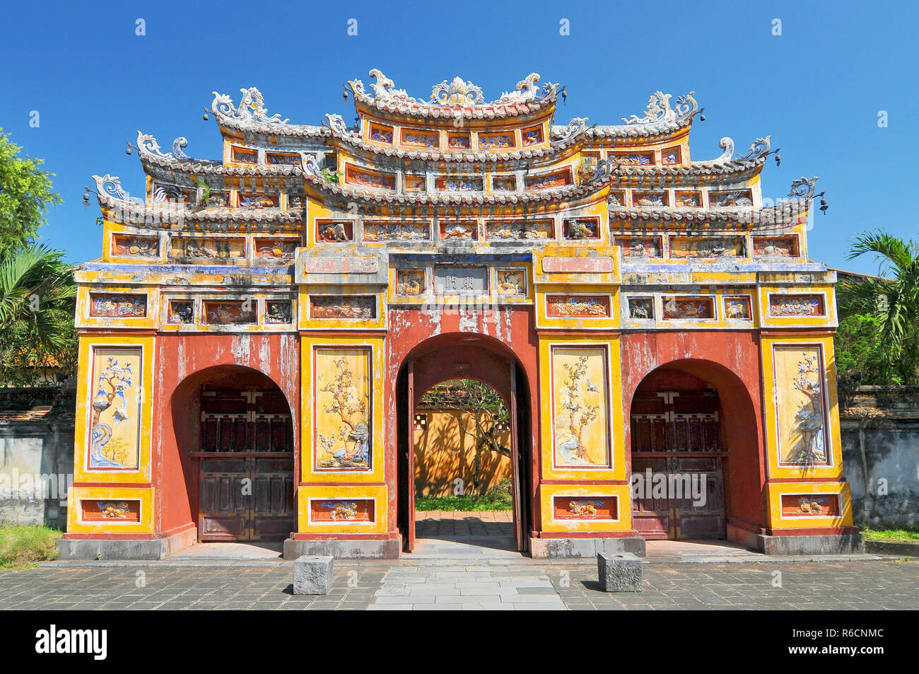 Ancient Temple Gates In Imperial City The Purple Forbidden City Hue Vietnam Stock Photo Alamy