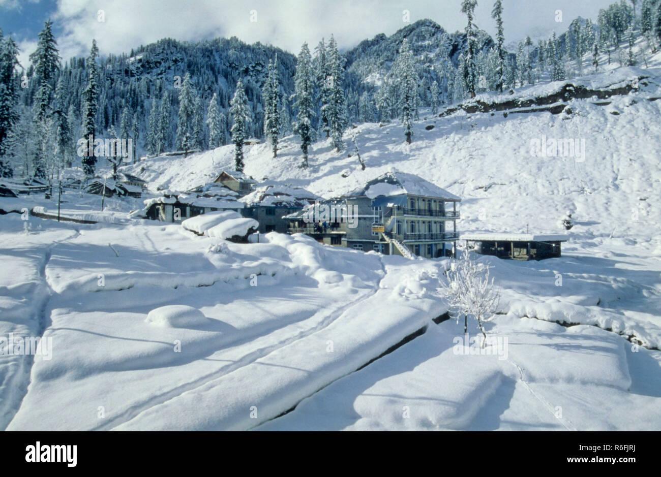 Snow at Solang, Manali, Himachal Pradesh, India. - Stock Image