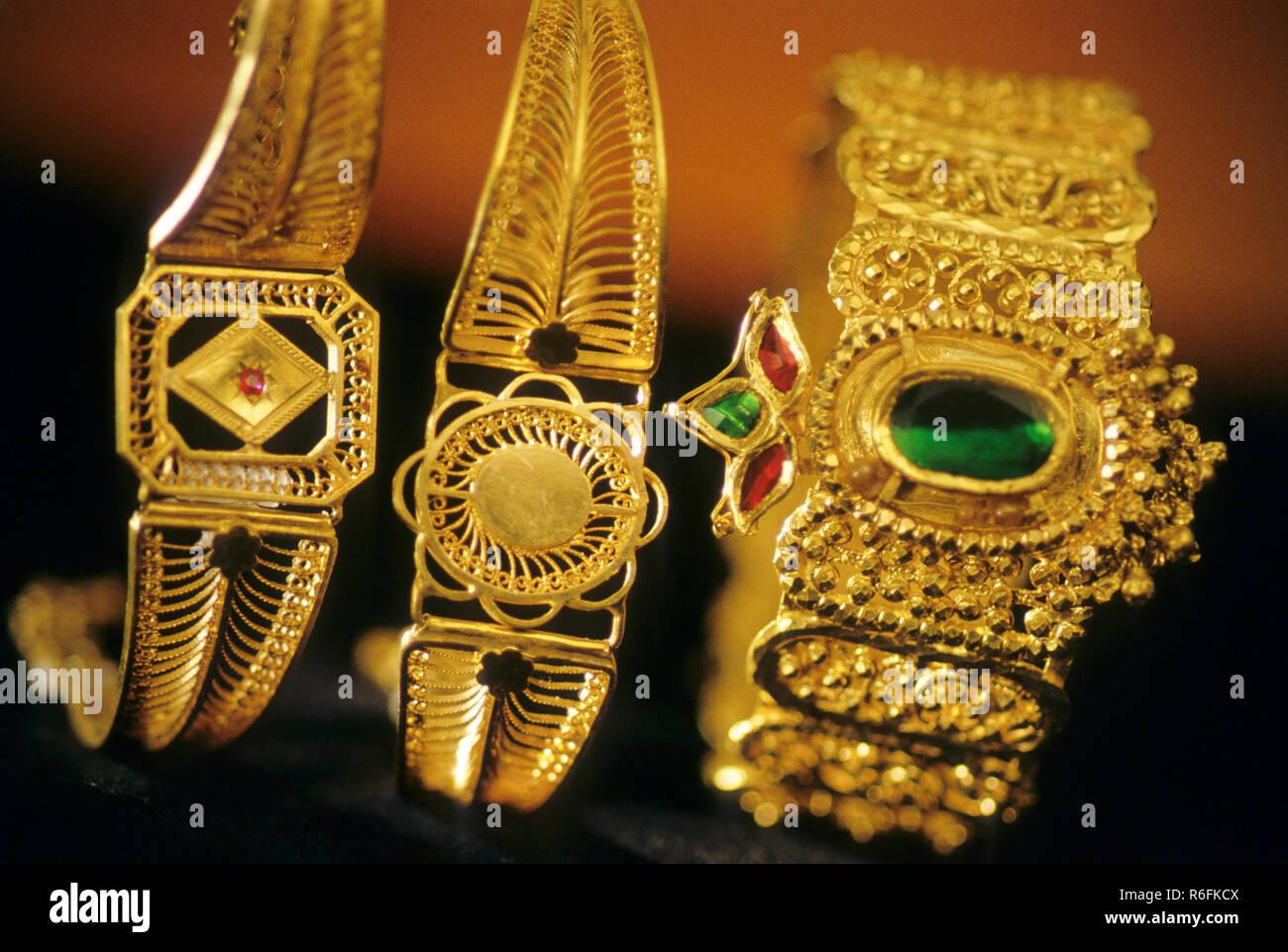 23 Carat Gold Jewelry Antique Jewelry, bangles - Stock Image