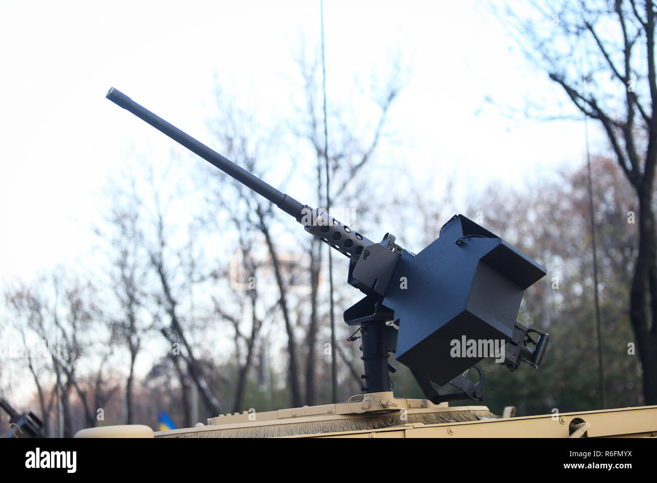 50 cal machine gun mounted on a Humvee military vehicle - Stock Image