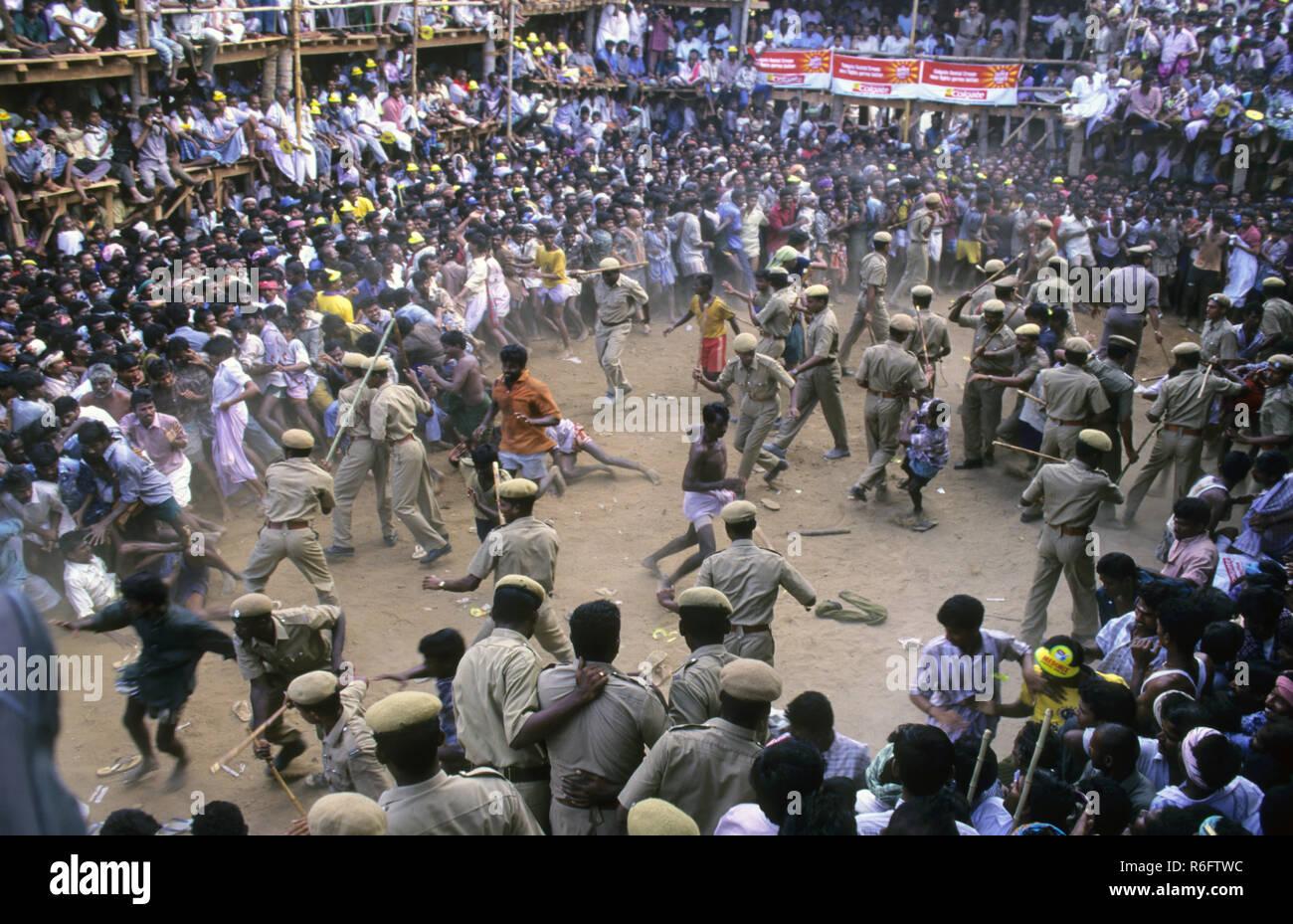 Riots Lathi charge, Agitation - Stock Image