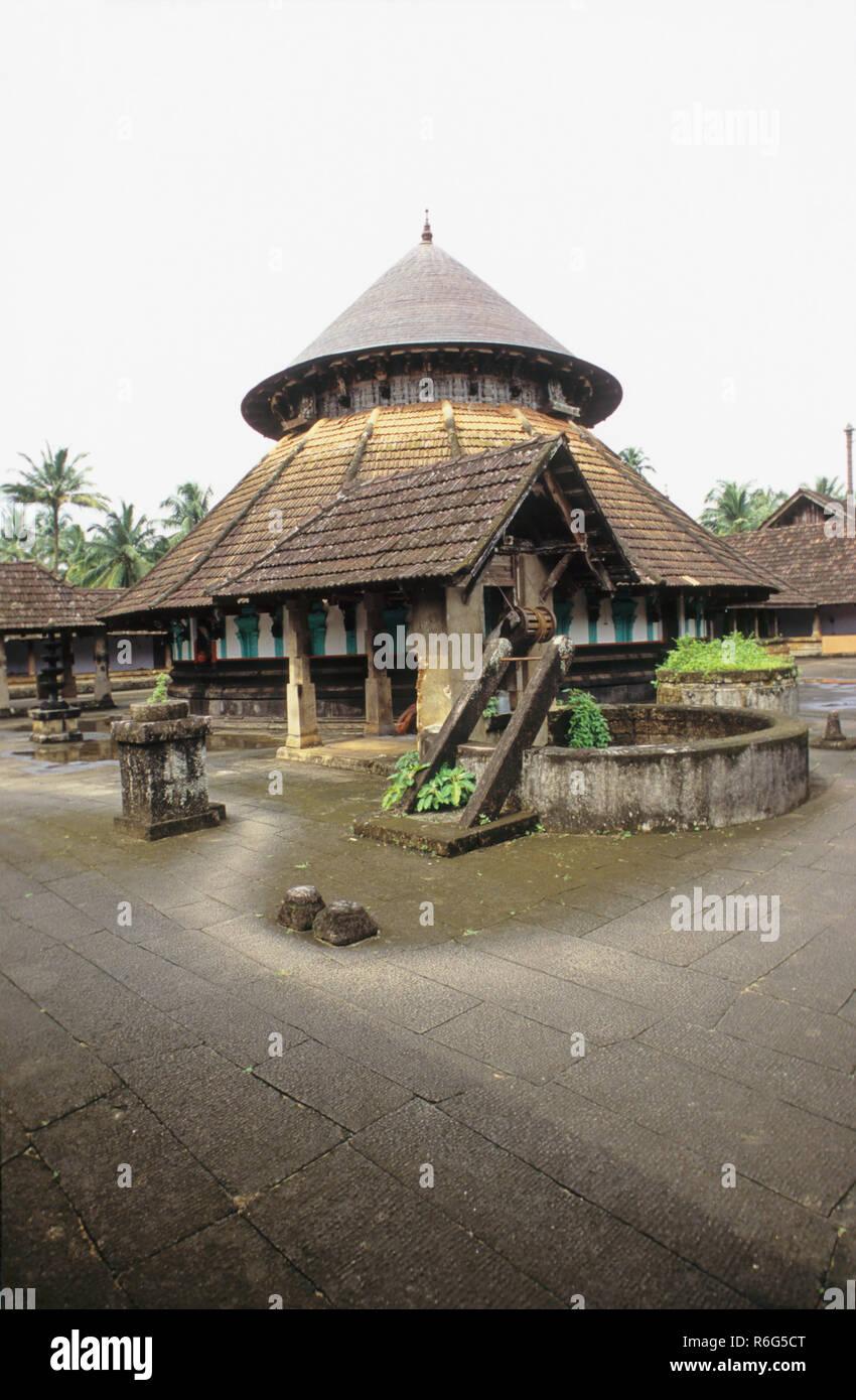 Thousand Year Old Shiva Temple, Avittathur, Kerala, India - Stock Image