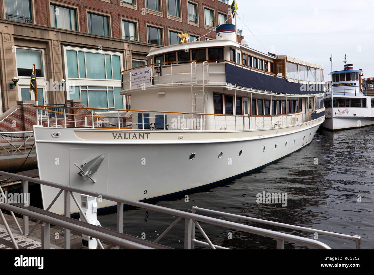The Valiant, a classic 1920's, 97foot  motor yacht, operated by the Charles Riverboat Company, Boston, Massachusetts,  USA Stock Photo
