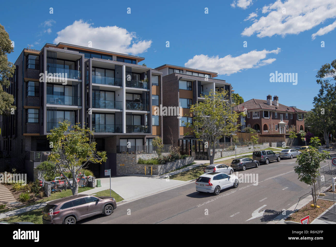 New apartments in the Sydney suburb of Gordon, facing east to the morning sun and near the railway station are an attractive option for many people - Stock Image