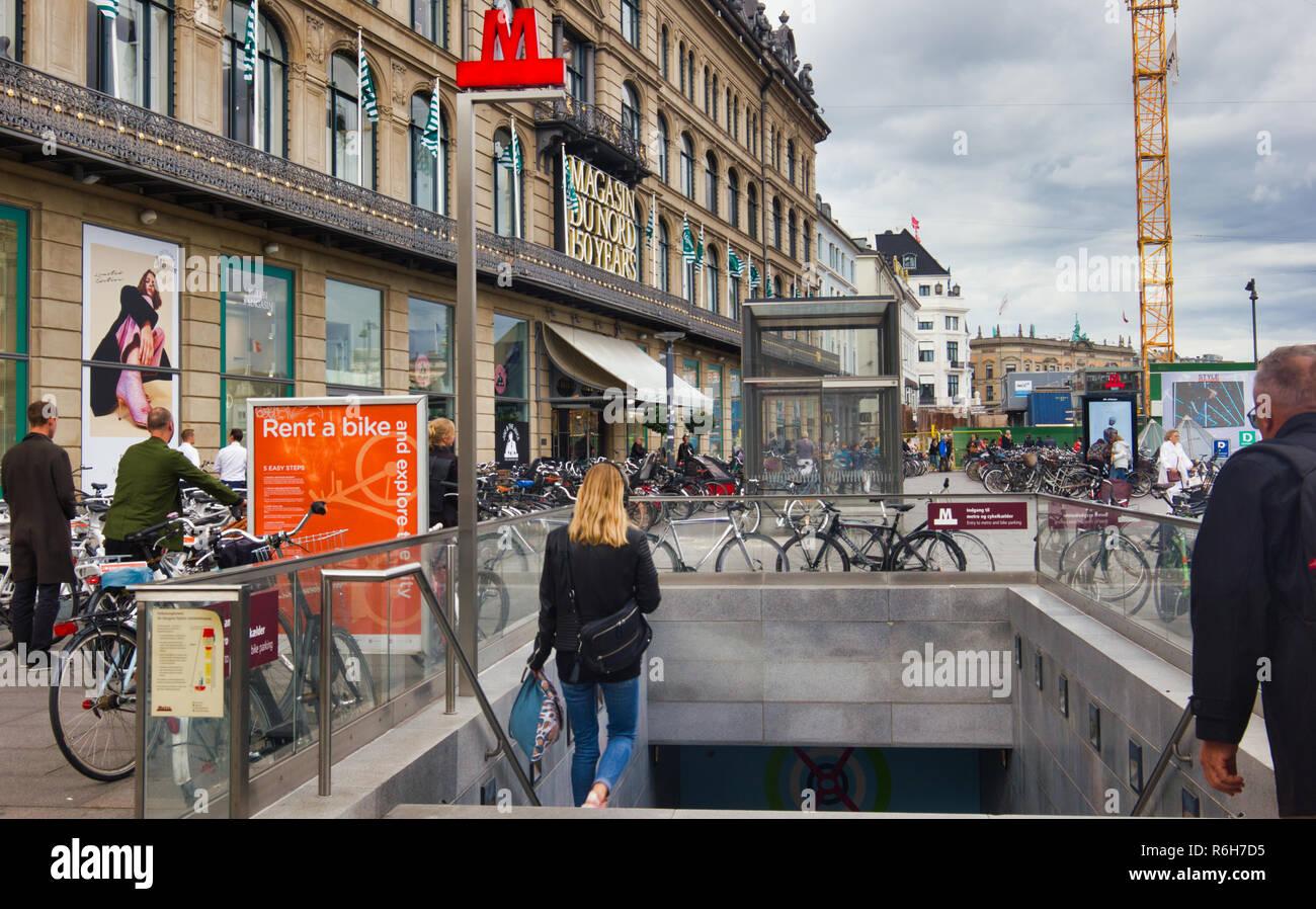Magasin Du Nord department store and Kongens Nytorv Metro station, Kongens Nytorv, Copenhagen, Denmark, Scandinavia - Stock Image
