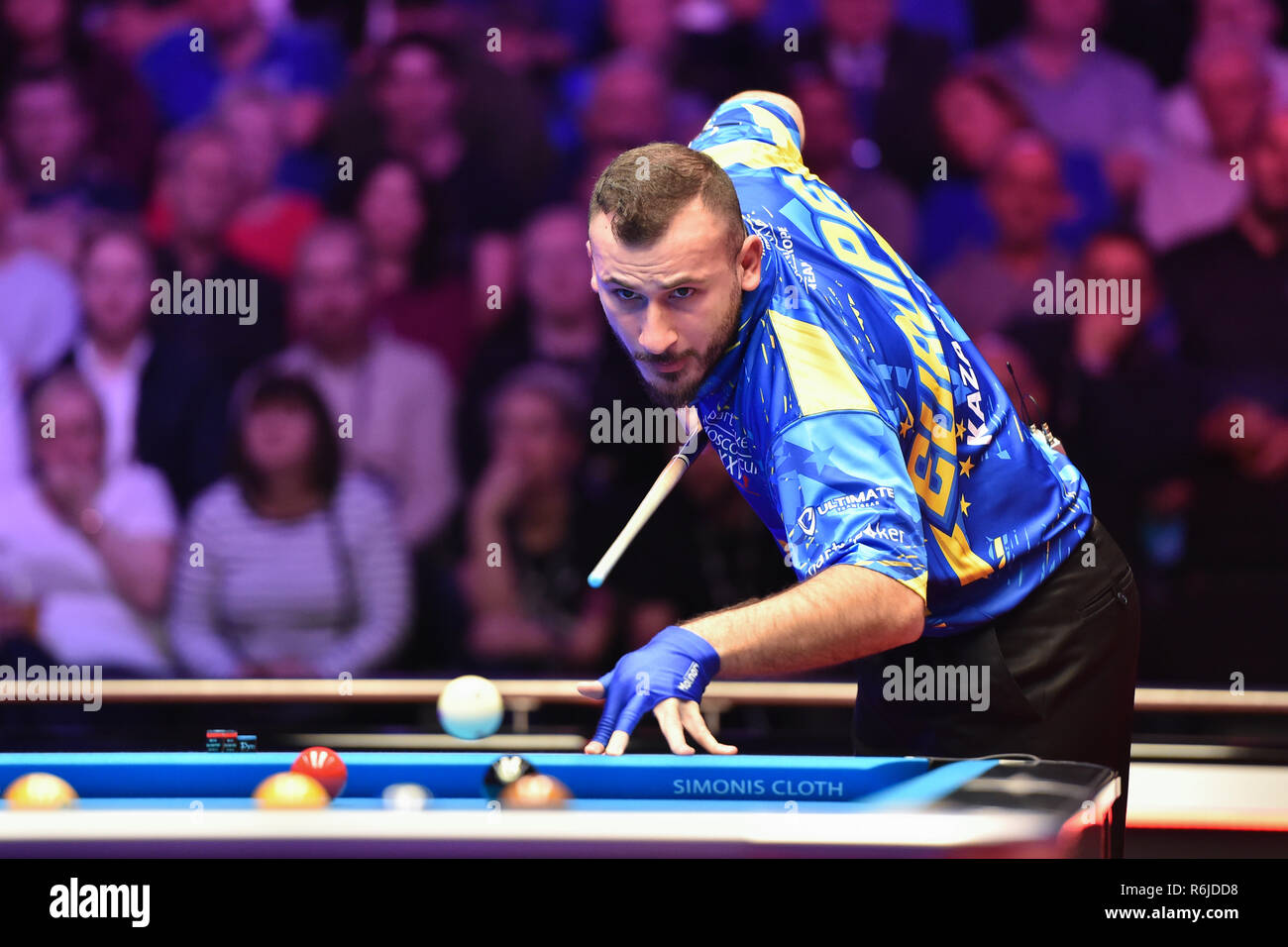 London, UK. 05th Dec, 2018. Alex Kazakis of Greece/Niels Feijen of The Netherlands during The Partypoker Mosconi Cup 2018: on Day 2 event - Niels Feijen/Alex Kazakis (EUR) v Skyler Woodward/Shane van Boening at Alexandra Palace on Wednesday, 05 December 2018. LONDON, ENGLAND. (Editorial use only, license required for commercial use. No use in betting, games or a single club/league/player publications.) Credit: Taka G Wu/Alamy News Credit: Taka Wu/Alamy Live News - Stock Image