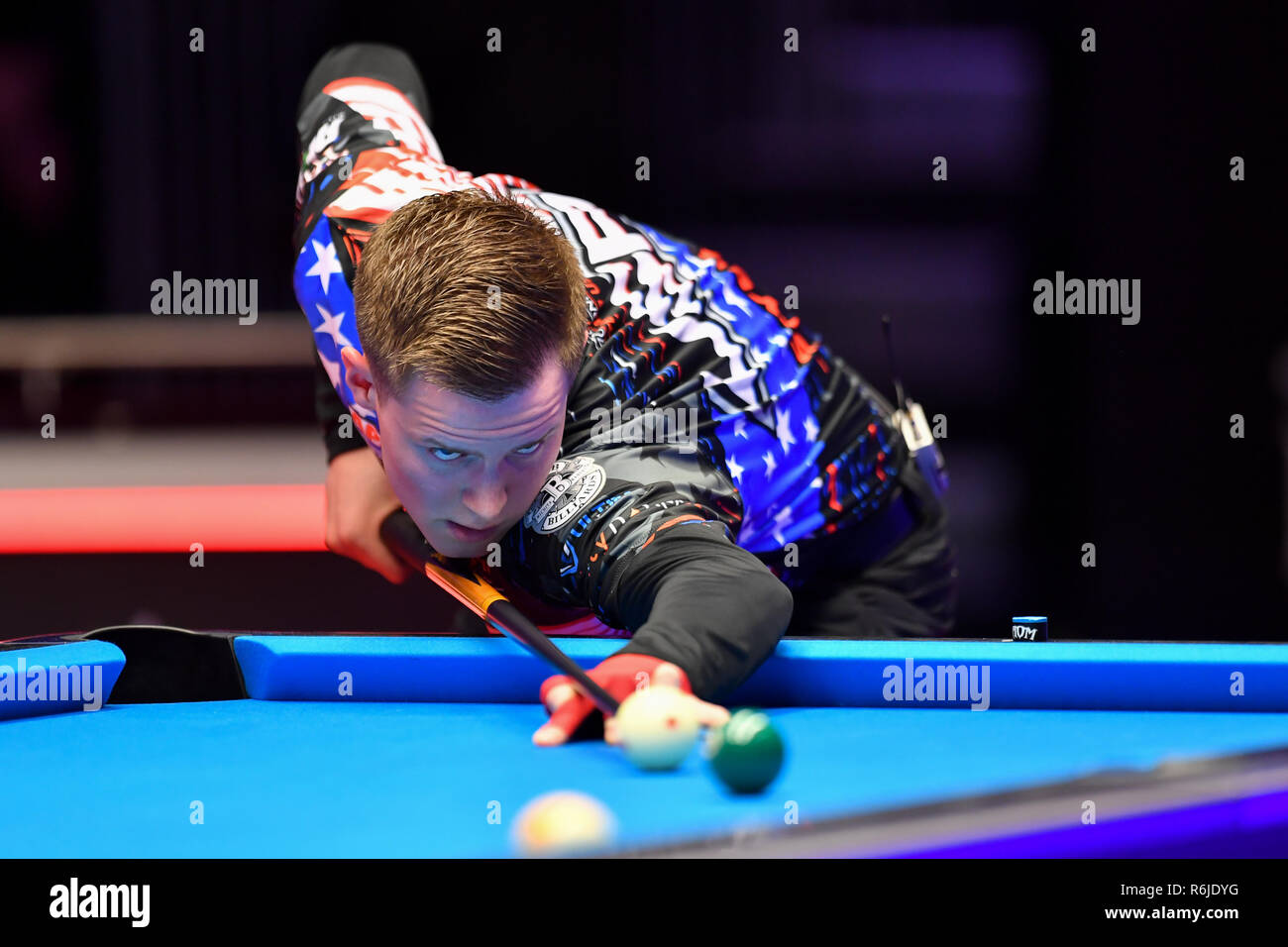 London, UK. 05th Dec, 2018. Skyler Woodward and Tyler Styer of USA during The Partypoker Mosconi Cup 2018: on Day 2 event - Jayson Shaw of Scotland and Eklent Caci of Albania v Skyler Woodward and Tyler Styer of USA at Alexandra Palace on Wednesday, 05 December 2018. LONDON, ENGLAND. (Editorial use only, license required for commercial use. No use in betting, games or a single club/league/player publications.) Credit: Taka G Wu/Alamy News Credit: Taka Wu/Alamy Live News - Stock Image