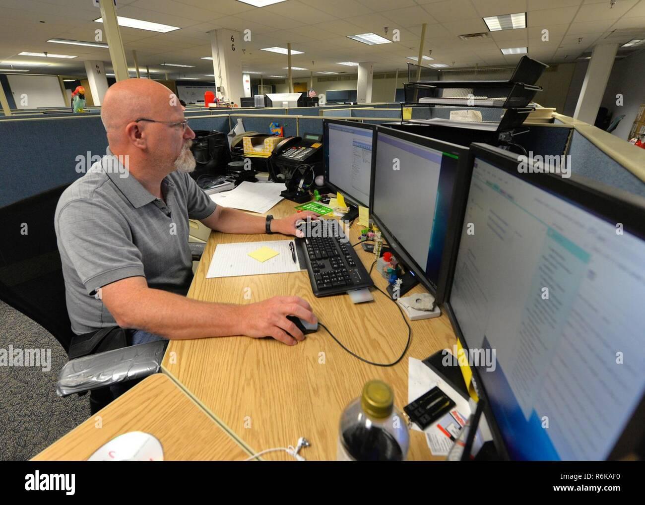 Desktop Support Technician >> Todd Shanklin 88th Communication Squadron Computer Support
