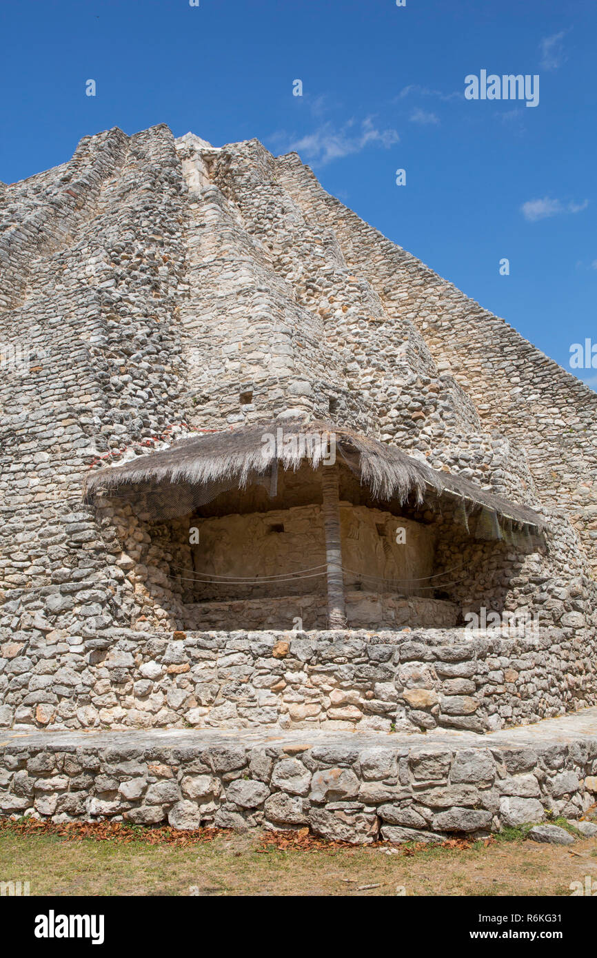 Stucco Relief Shelter, Castle of Kukulcan, Mayan Ruins, Mayapan Archaeological Site, Yucatan, Mexico - Stock Image