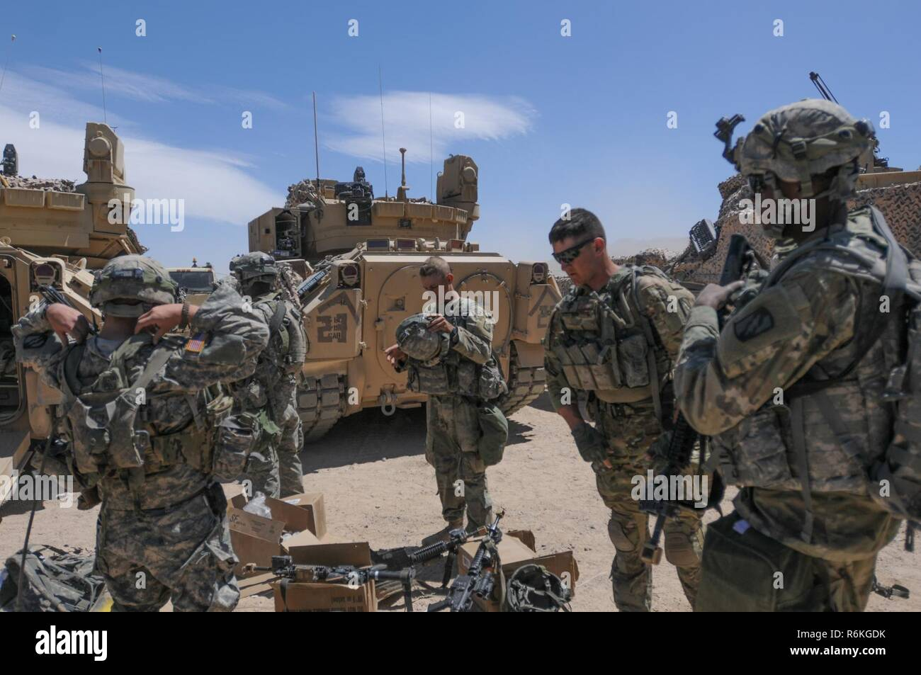 Soldiers of 2d Battalion, 198th Armored Regiment