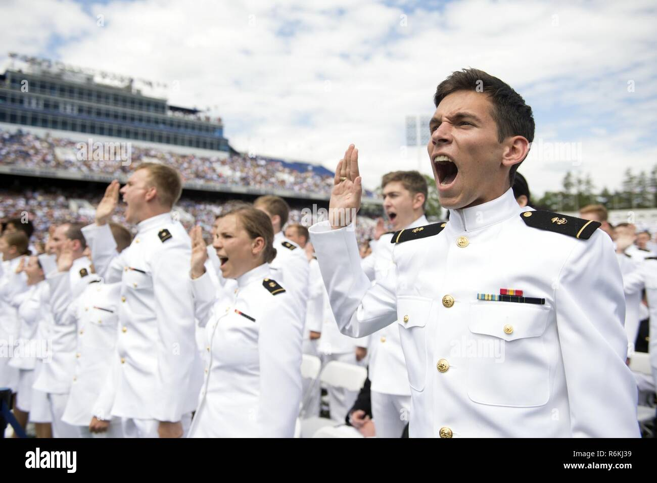 why do i want to be a naval officer