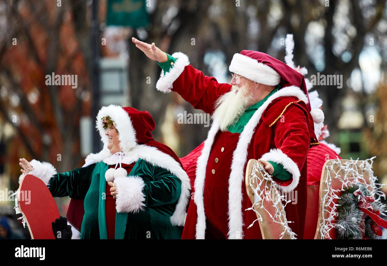 Christmas 2020 Santa Claus Prescott, Az Prescott, Arizona, USA   December 1, 2018: Mr. and Mrs. Santa