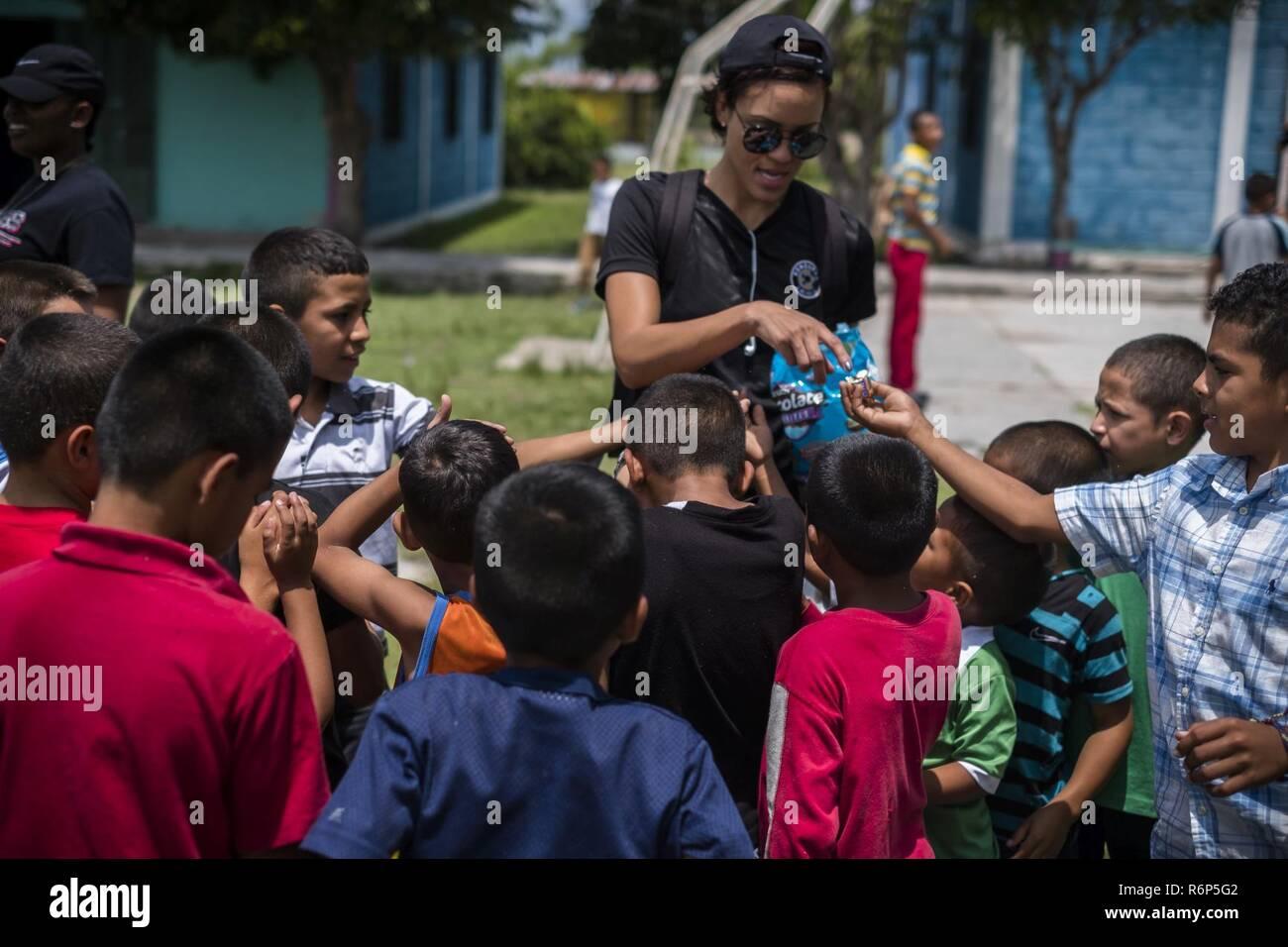Soldiers and Airman from Joint Task Force - Bravo visit the orphange of San Antonio de Padua Ninos in La Paz, Honduras, May 13, 2017. Stock Photo
