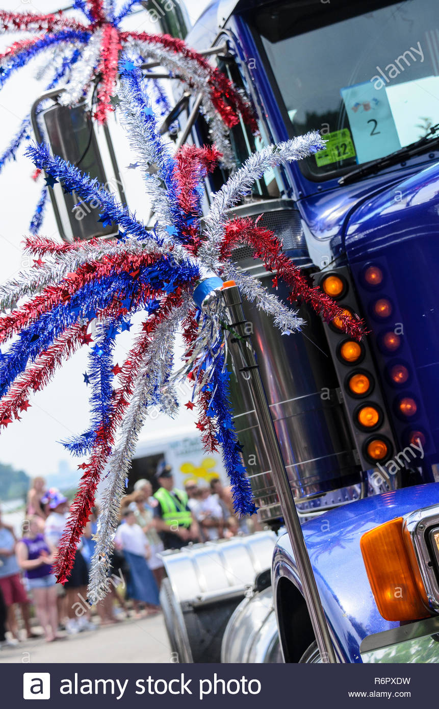 BRISTOL, RHODE ISLAND - JULY 4, 2011: Big rig tractor spiffed up for Fourth of July parade in Bristol, Rhode Island - Stock Image