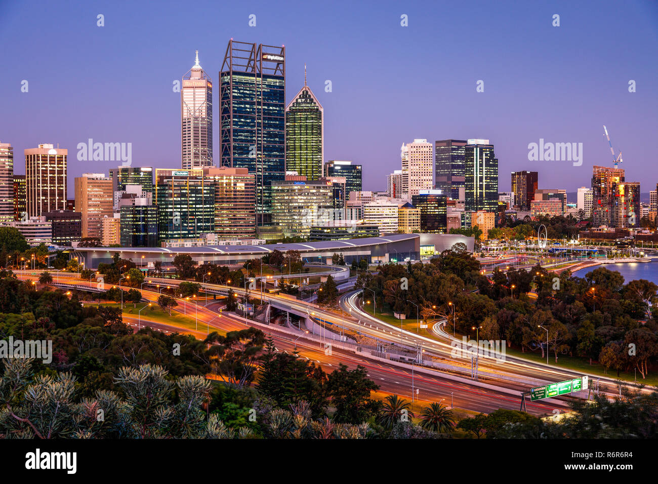 Perth CBD as seen from Frasers Avenue, Kings Park & Botanical Gardens. - Stock Image