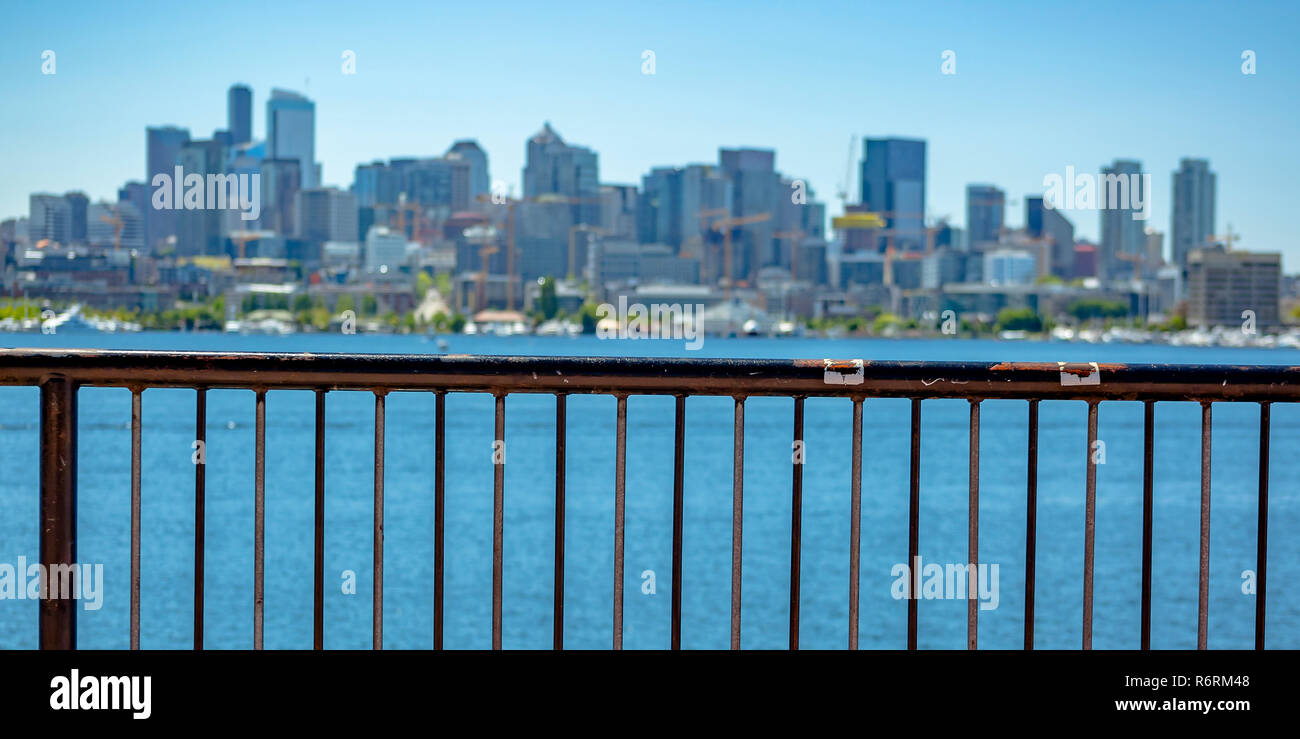 Scenic view of downtown Seattle and Union Lake - Stock Image