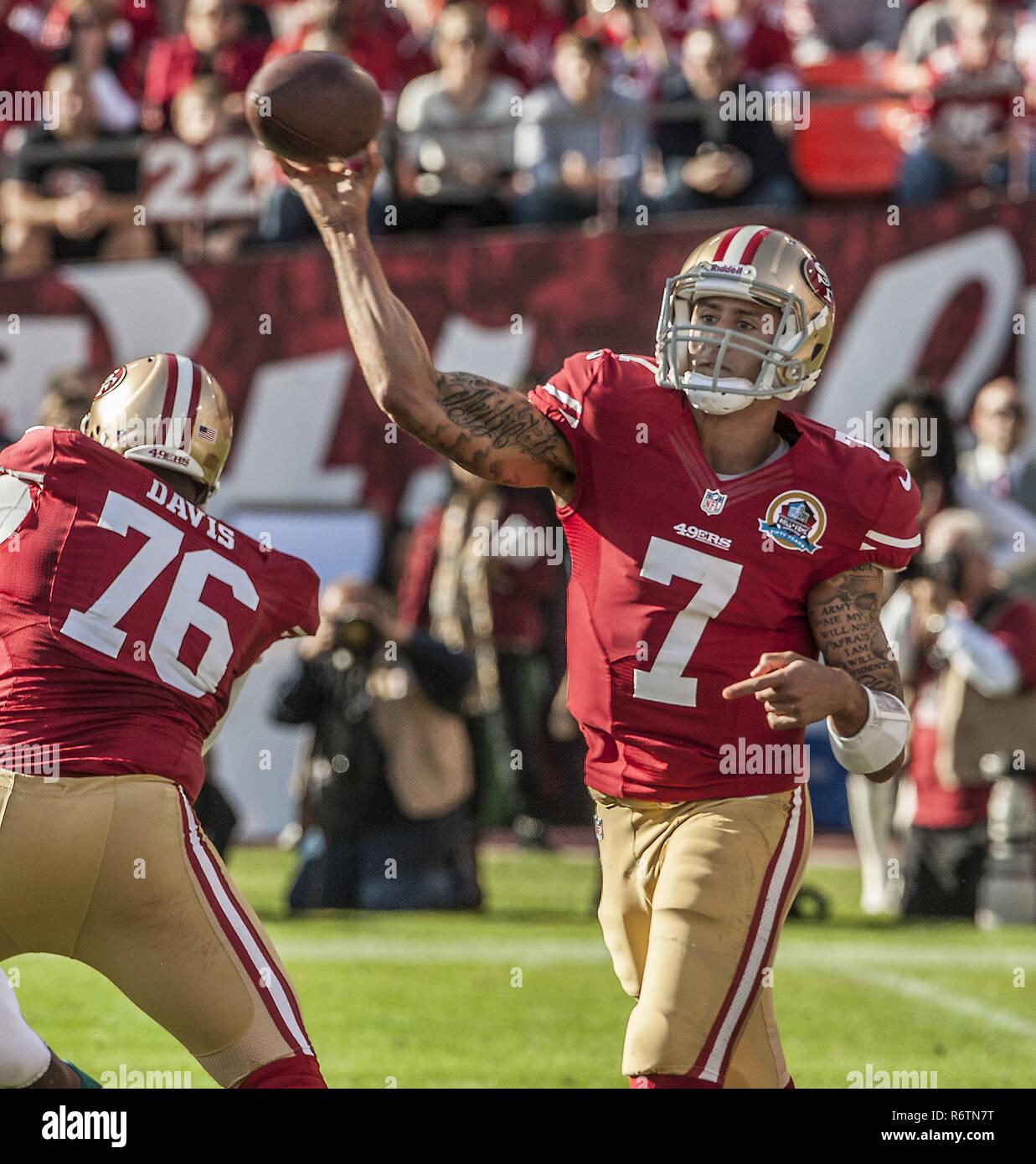 a4d7fe4d35e San Francisco 49ers Stock Photos   San Francisco 49ers Stock Images ...