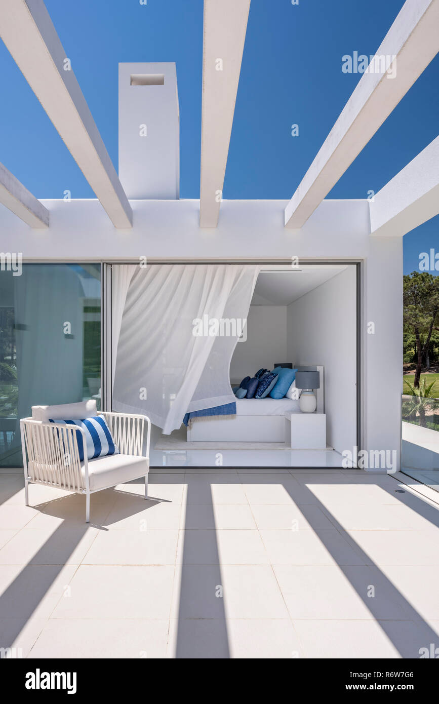 Camera Da Letto Lago pergola with white curtains stock photos & pergola with