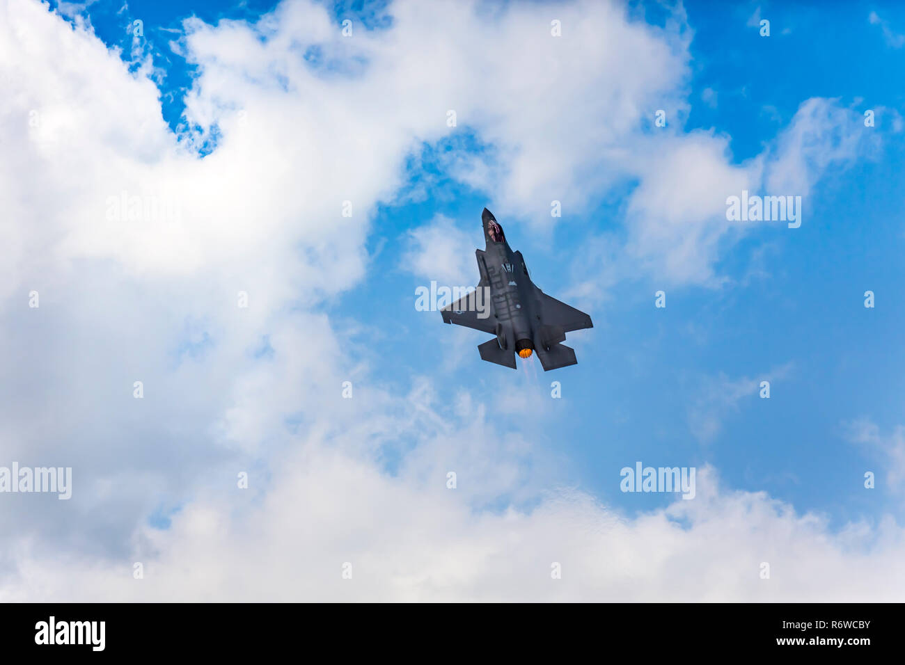 The Lockheed Martin F-35A fighter jet in flight at the 2017 Airshow in Duluth, Minnesota, USA. - Stock Image