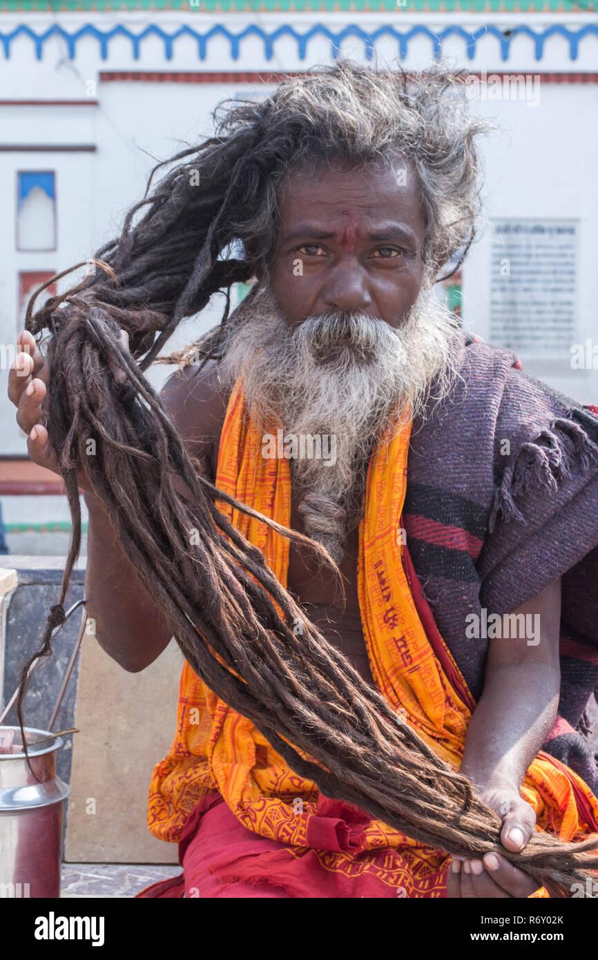 Janakpur, Nepal. Sadhu displaying his dreadlocks - Stock Image