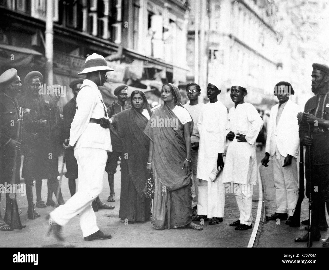 Woman demonstrator during Quit India movement 1942 - Stock Image