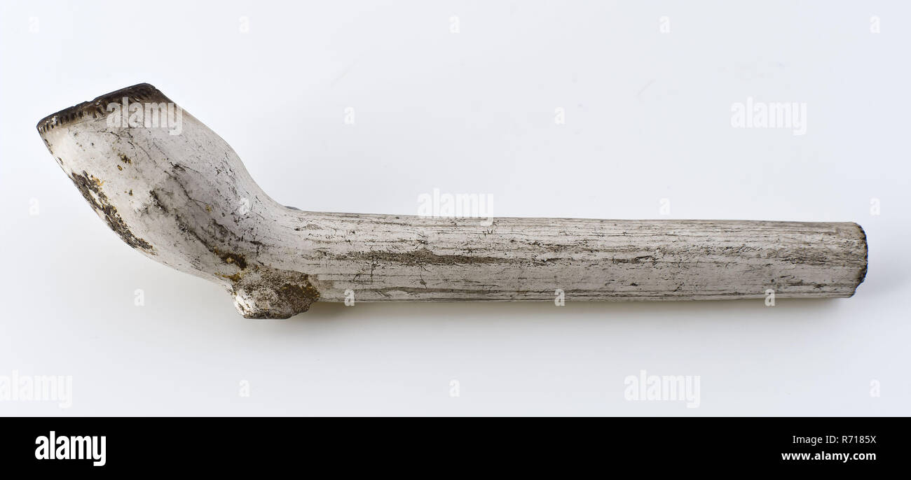 White clay pipe, marked, with decorated handle, clay pipe