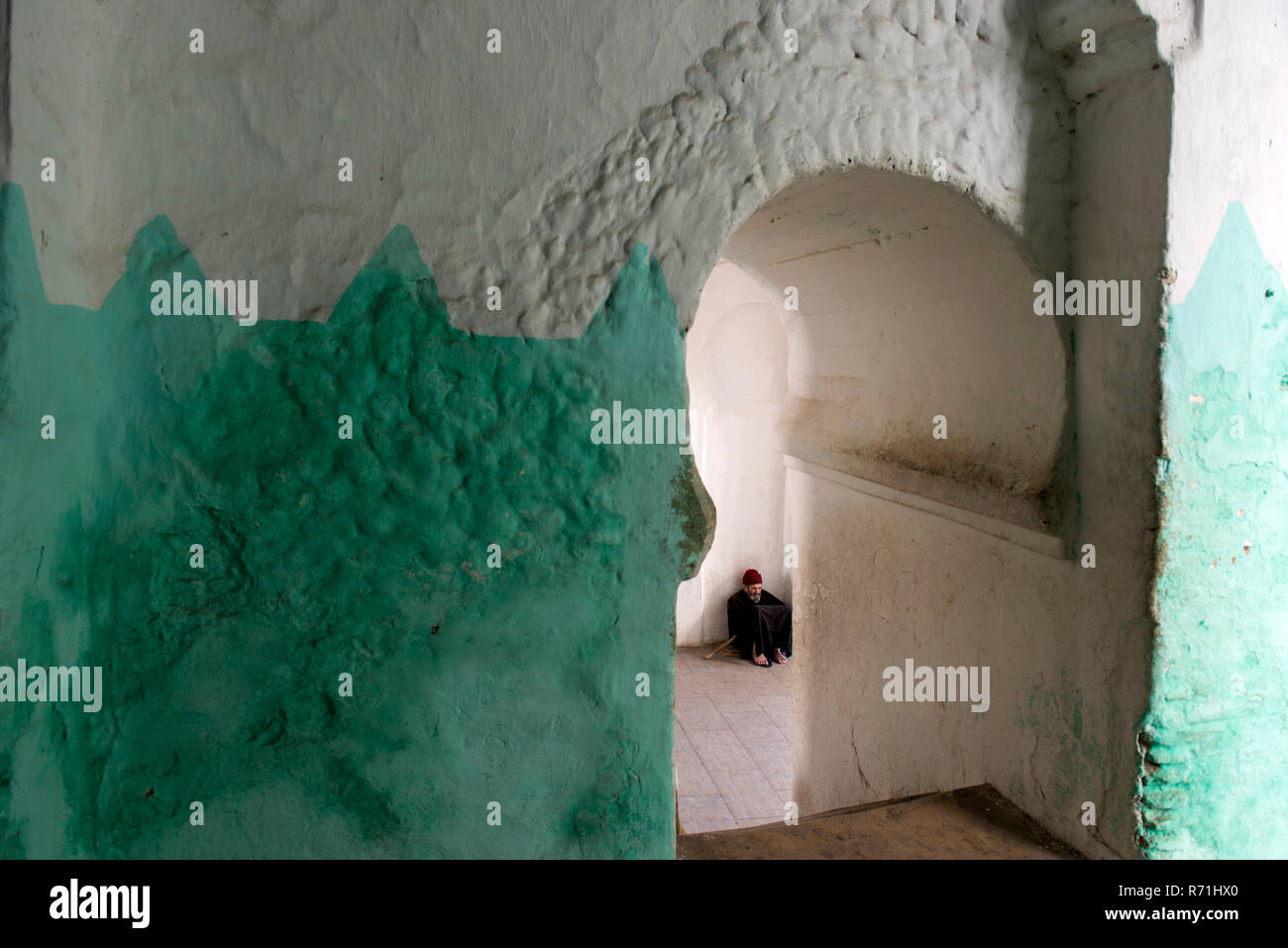 The town of Moulay Idriss is an important pilgrimage site, nestling in the Riif Mountains near Meknes Stock Photo