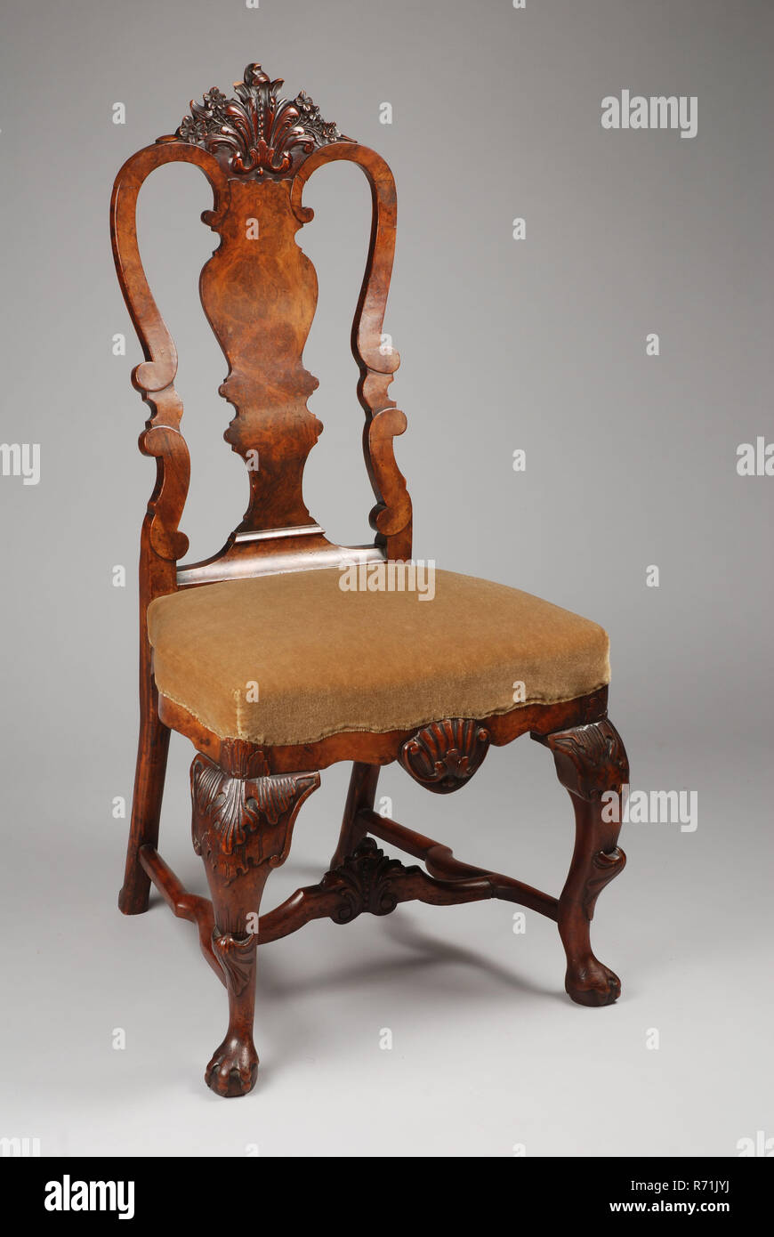Picture of: Walnut Queen Anne Chair Chair Furniture Furniture Interior Design Walnut Beech Wood Velours Burr Walnut Wood Carving On The Hood The Front And Backrest Line And Lines Veneered With Carrot Green Velvet