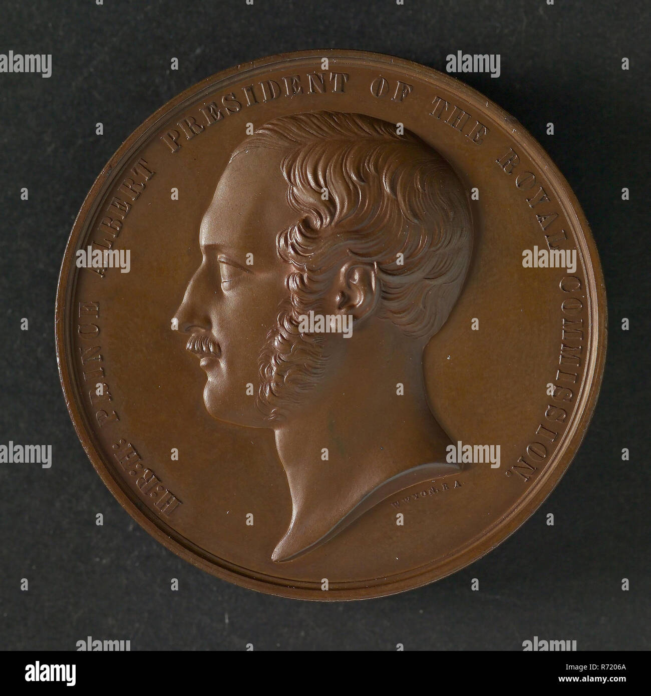 W. Wyon B.A., Medal at the World Exhibition in London in 1851, medallions bronze bronze 4,4, portrait of Prince Albert left omschrift: H: R: H: PRINCE ALBERT PRESIDENT OF THE ROYAL COMMISSION (signed under portrait) Rotterdam lacquer factory paint factory varnish factory lacquer paint varnish company Duura en Versteeven London World Exhibition Medal awarded to the company Duura and Versteeven in Rotterdam. Stock Photo