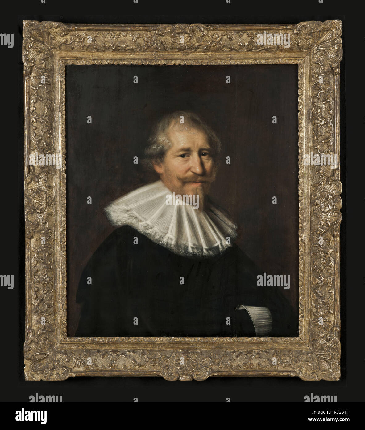 Abraham de Vries, Portrait of an unknown man, possibly the merchant Adriaen van der Tock (158485-1661), portrait painting visual material wood oil, Standing rectangular portrait of the Rotterdam merchant Adriaen van der Tock (friend of Abraham de Vries and assistant of Johan van der Veeken) previously identified as mr Hendrik Rosa ( Roos) secretary of Rotterdam Half-way to the right. Mustache goatee flat pleated large white collar white cuff of right arm visible dark garment. Reverse: flat parquet Rotterdam Hendrik Roos Hendrick Rosa Abraham van der Tuck Abraham of the Tocq régence - Stock Image