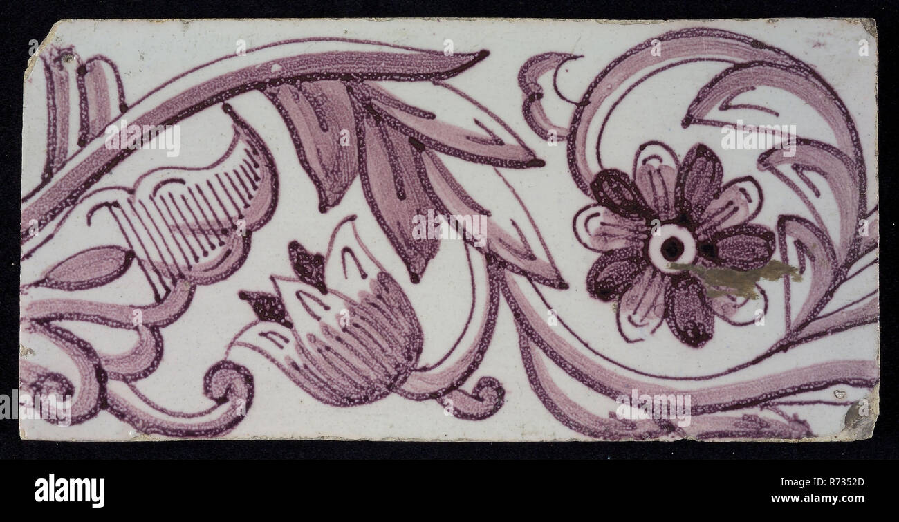 Rectangular edge tile in purple with tulip decor, with