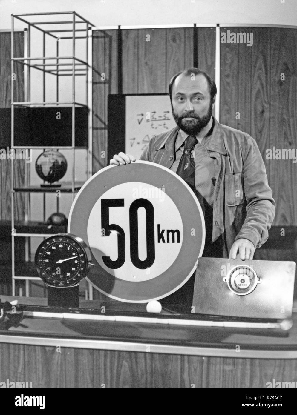 ABC der Physik, Sendereihe mit Günther van Lücht, Deutschland 1977. Stock Photo