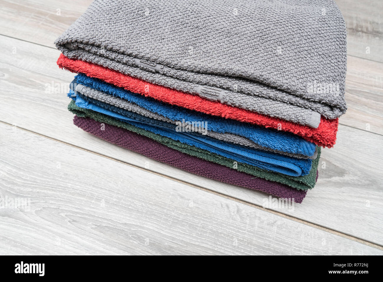 clean towels Stock Photo: 228193214 - Alamy