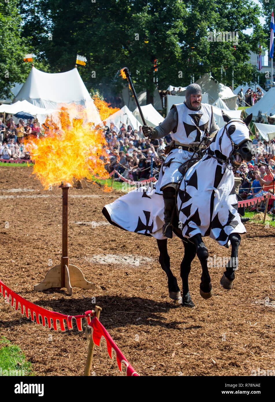Medieval spectacle, joust, at Broich castle, Mülheim an der Ruhr, North Rhine-Westphalia Castle, Germany - Stock Image
