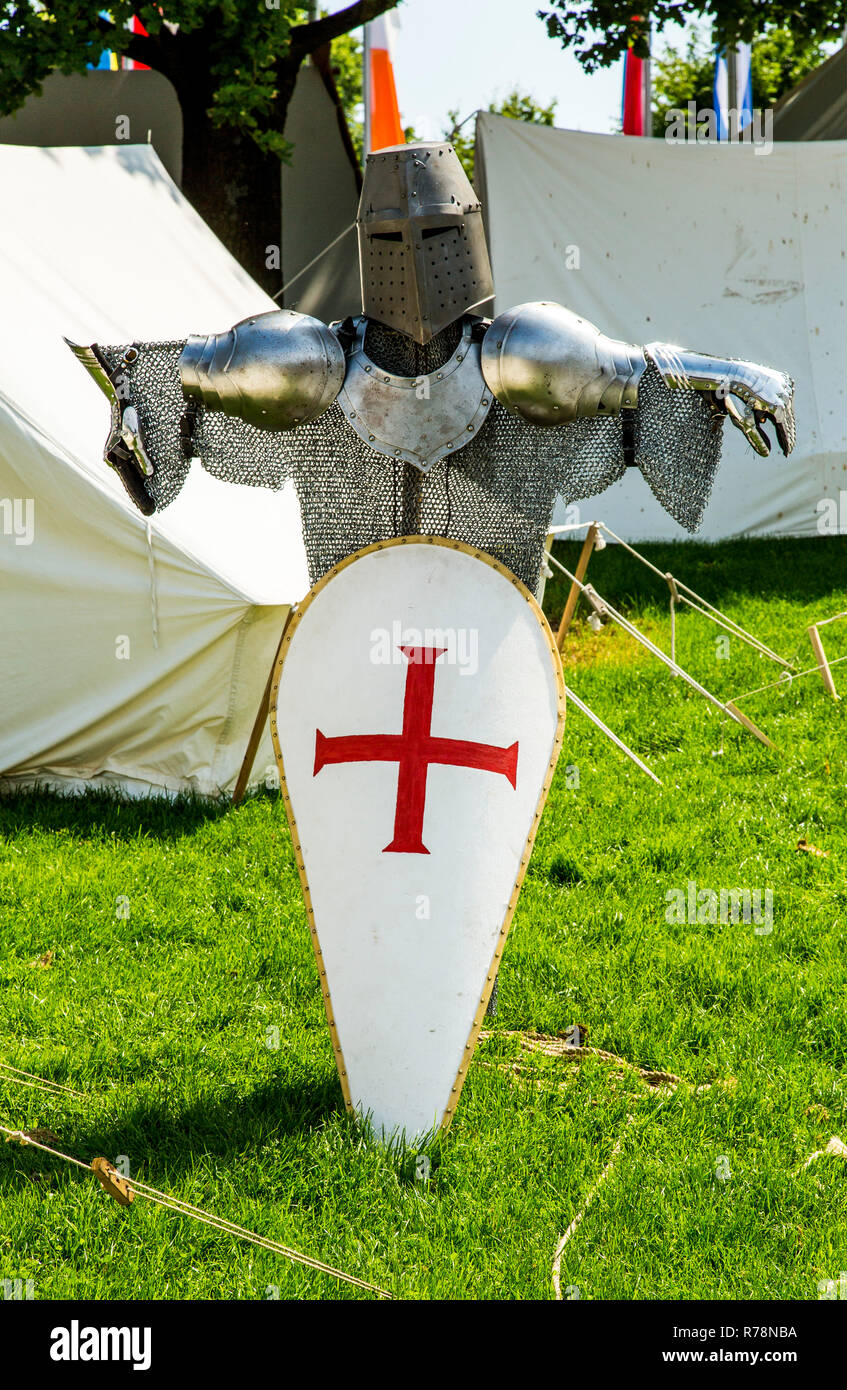 Medieval spectacle, armor, knights' camp, at Broich castle, Mülheim an der Ruhr, North Rhine-Westphalia Castle, Germany - Stock Image