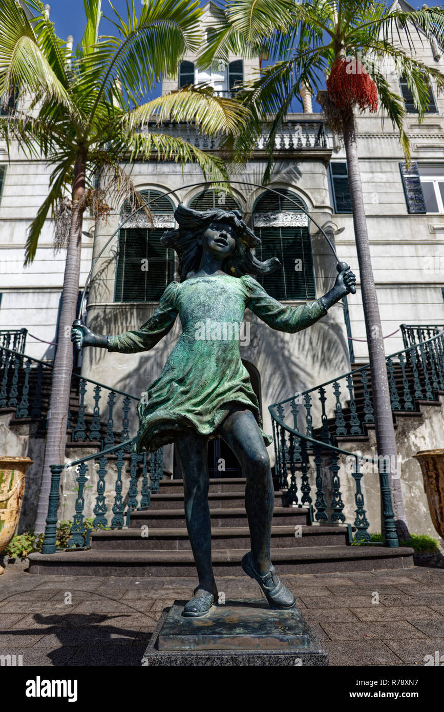 The lovely Girl Skipping Rope Statue by James Butler in the Monte Palace Tropical Gardens at Funchal on the Portugese island of Madeira - Stock Image