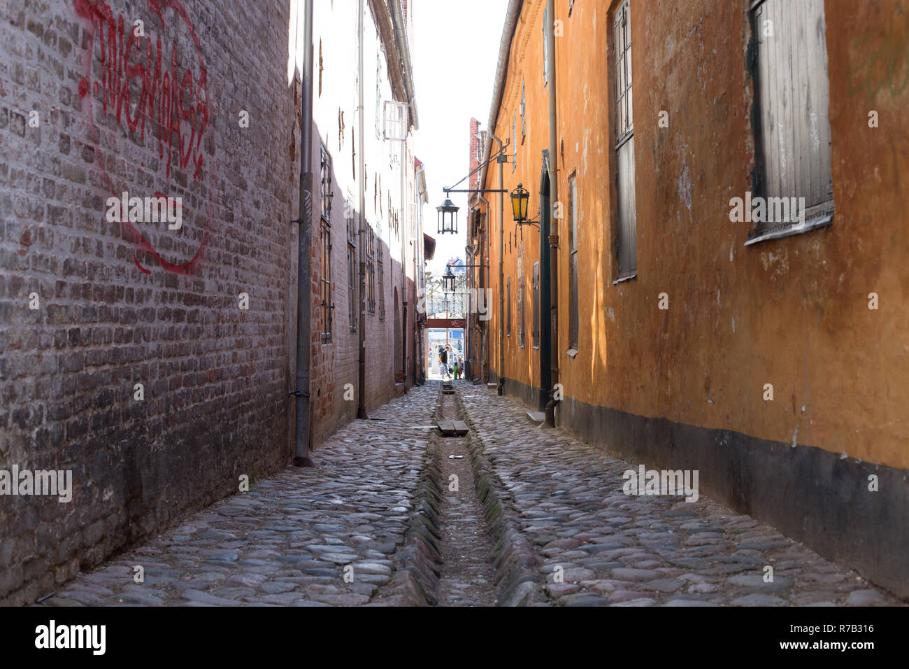 Old narrow strret in Helsingor, Denmark - Stock Image