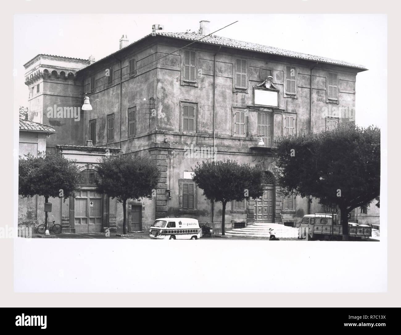 197 Piermarini Design Roma tittoni stock photos & tittoni stock images - alamy