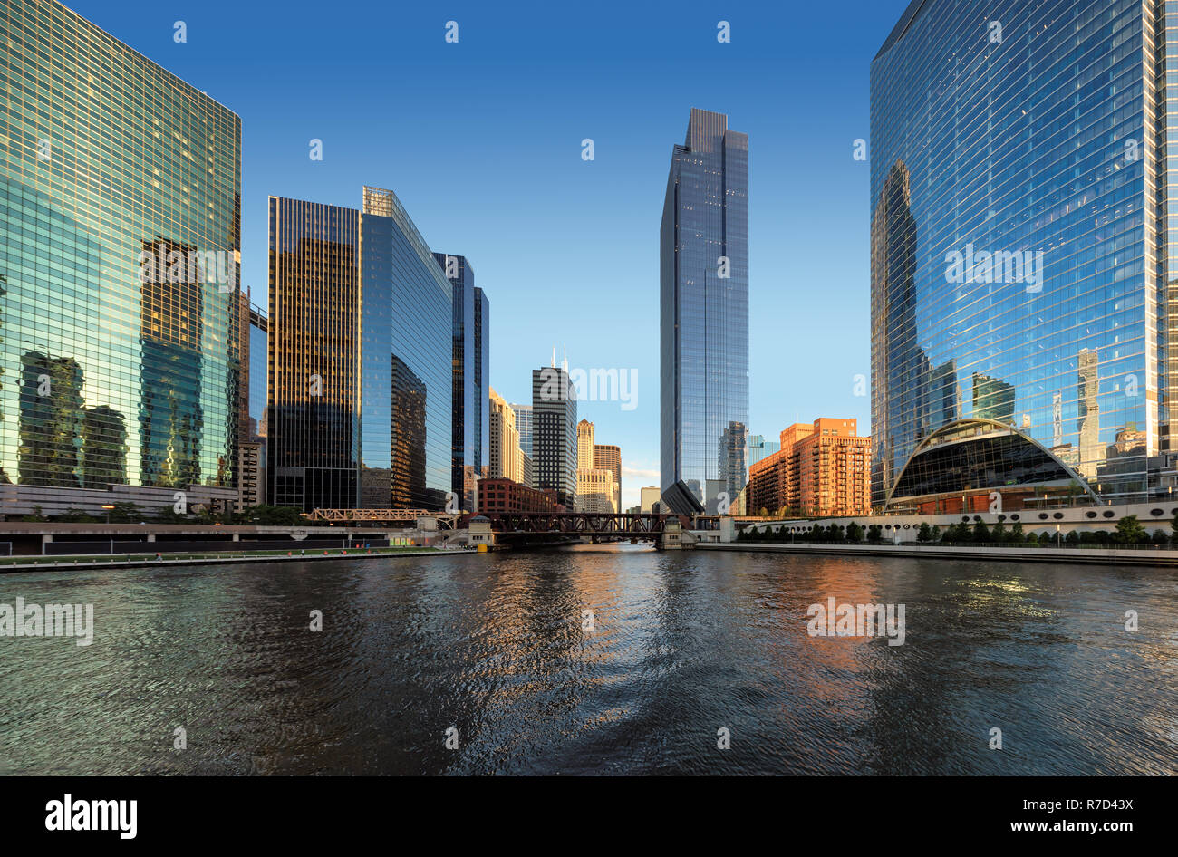 Panorama of Chicago downtown and Chicago River at sunset. Chicago, Illinois. - Stock Image