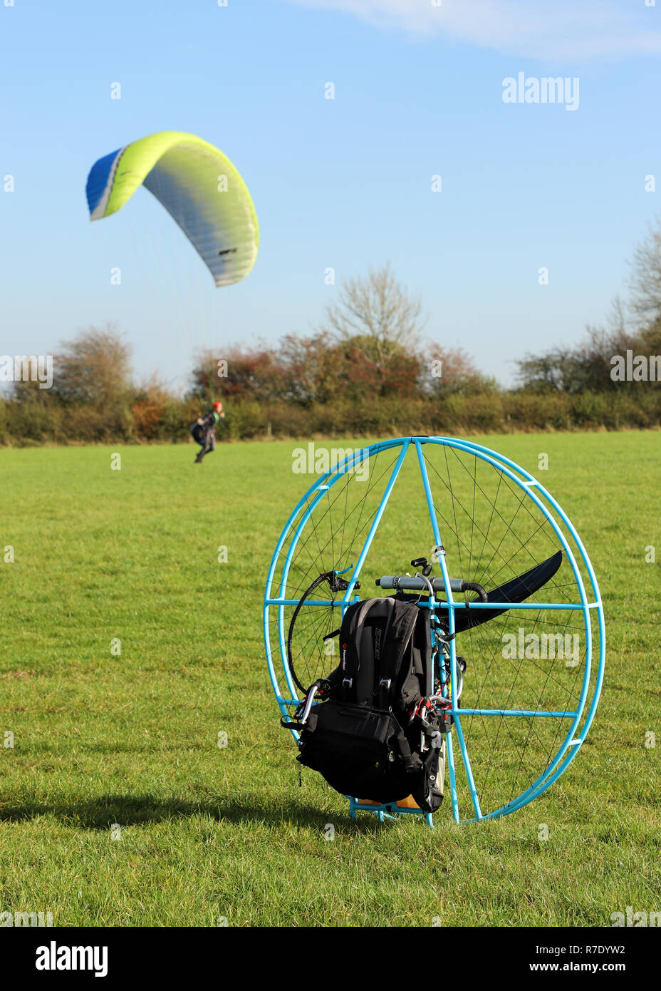 Paragliding Accident Stock Photos & Paragliding Accident Stock