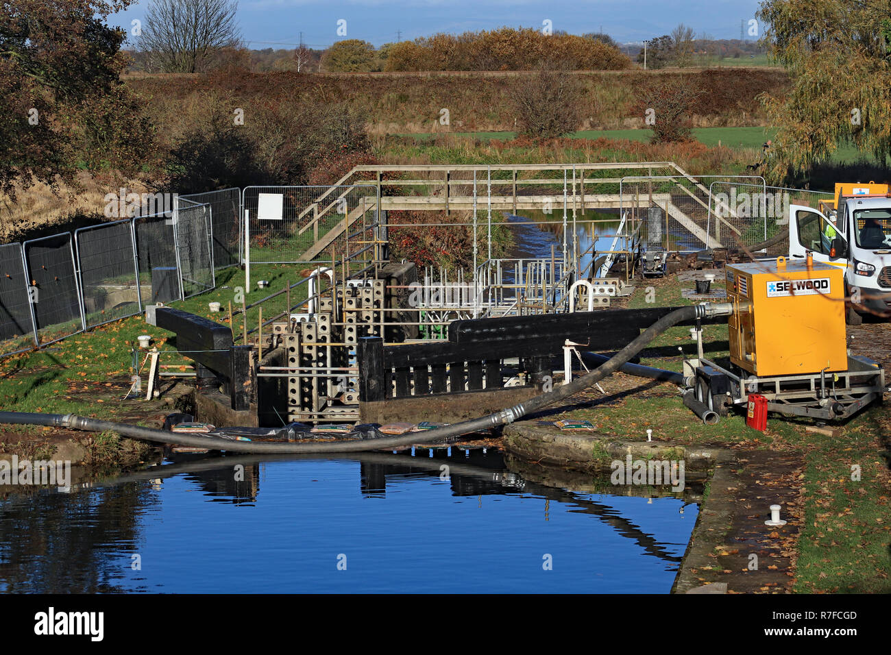 Gate replacement works at lock 3 on the Rufford. On the eastern side of Burscough along the Leeds and Liverpool canal the Rufford arm branches off. - Stock Image